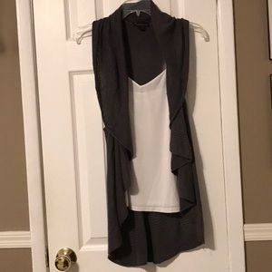 Forever 21 charcoal grey sleeveless shrug